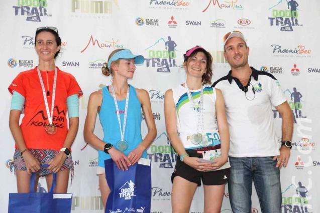 Le podium féminin de l'Xtrem et Yannick De Speville, patron du Dodo Trail
