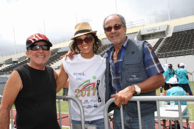 Ti-Fock, parrain de l'évènement, Nora Couderc de l'ACS et Alain Couderc, adjoint au maire délégué aux sports de la Ville de Saint-Denis