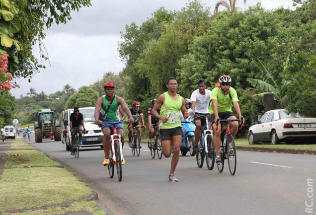De jolis coins traversés par les coureurs...Ici le triathlète Alexandre Moutaye