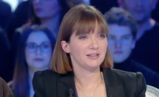 Aurore Bergé, femme politique trop sexy? Vous en pensez quoi?