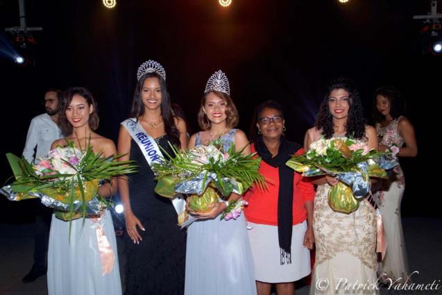 Les lauréates avec Miss Réunion 2018 et Marie-Andrée Lejoyeux, élue de la mairie de Saint-Joseph
