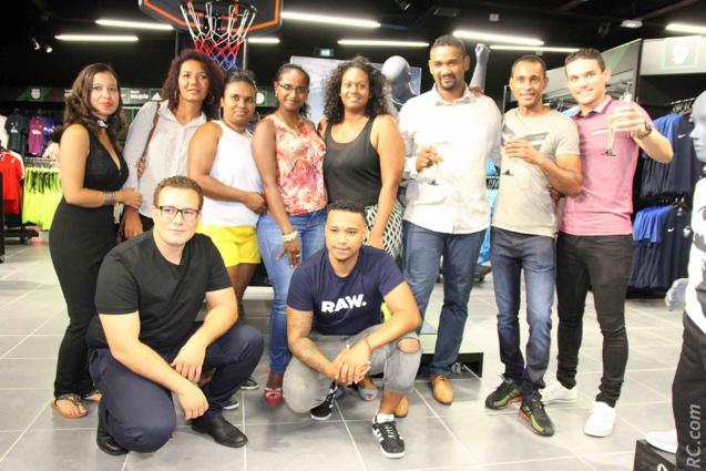 Le personnel de Go Sport de Saint-Paul