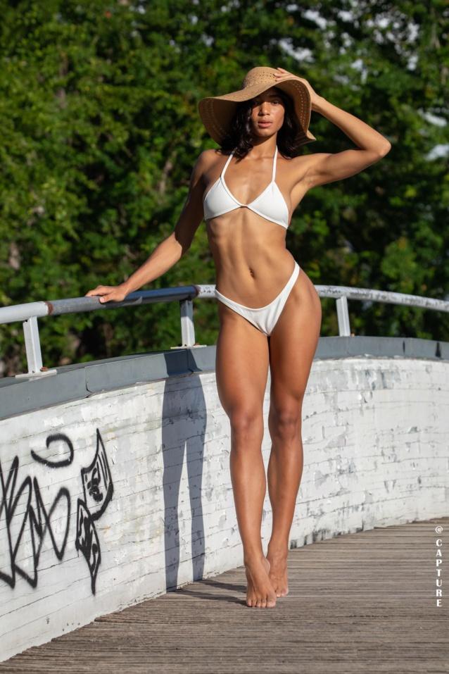 Musclée, elle a un corps sculpté!