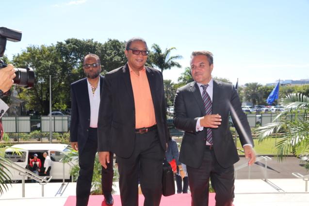 Stephan Toussaint accueilli par Didier Robert