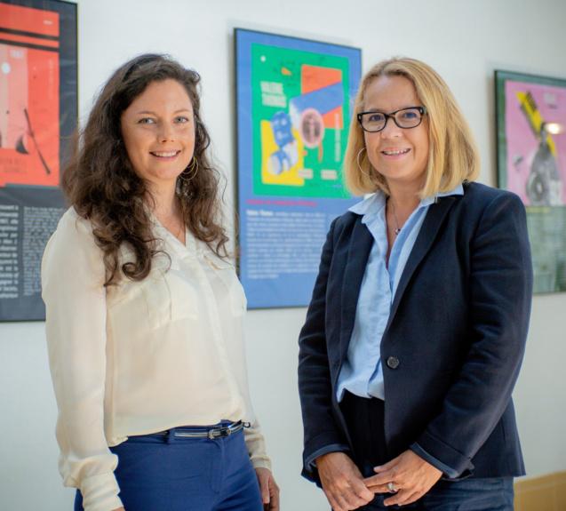 Bénédicte Lamarque, marraine de la promotion, et Pr Brigitte Grondin Pérez, Doyen de la Faculté des Sciences et technologies tag