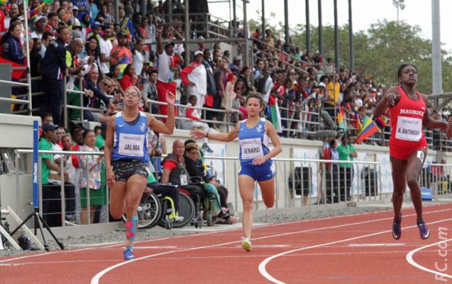 Myriam Jalma et Lillas Bernard sur le 100m