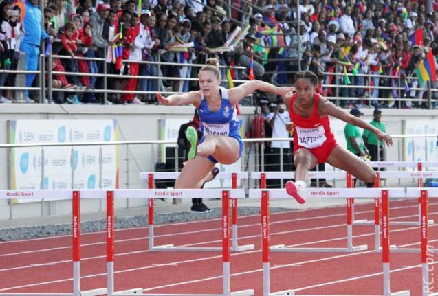 Un joli saut de Emma Mussard sur les obstacles, avec grâce et talent