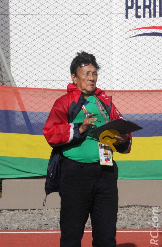 A 80 ans, Sylvie Ah Kang était sans doute la doyenne des officiels au stade de Bambou