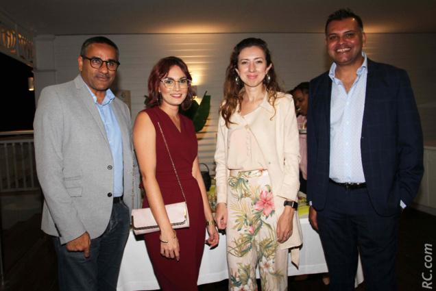 Zackaria Omarjee de Air Mauritius, Elodie Hoarau et Hassaanah Patel de Radio Freedom, et Arvind Bundhun, directeur de la MTPA