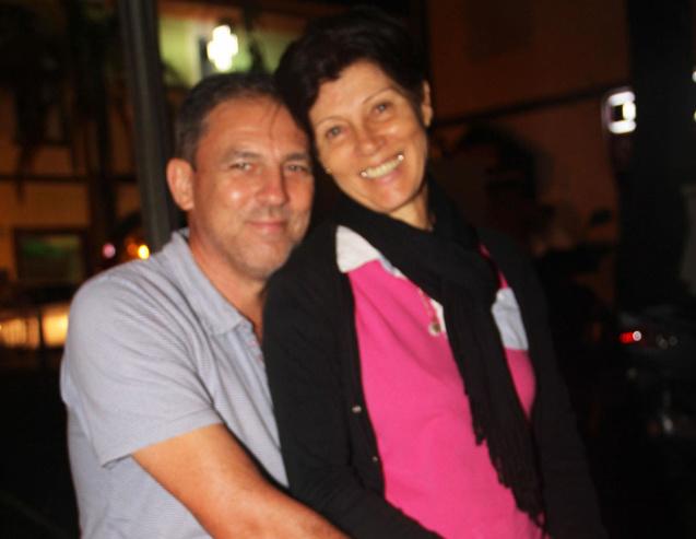 Quand René (appareil photo en main) et Eline viennent encourager les participants