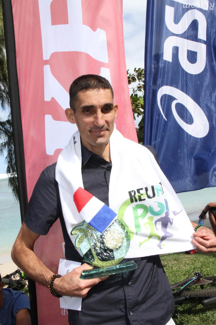 Vainqueur du semi-marathon de Maurice, Kévin Lallemand à la découverte du Trail de Rodrigues