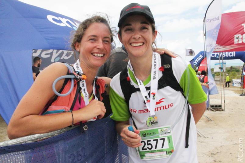 Léa Cavelier, vainqueure des 25 km et une de ses amies