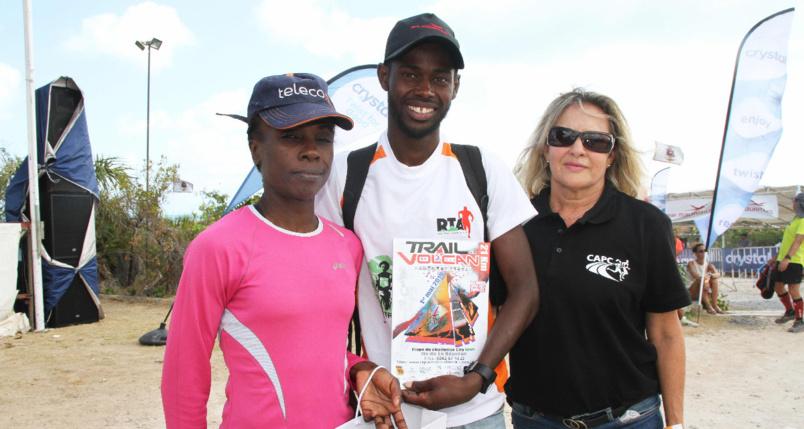 Antoinette Milazar et Liraud Flore, les deux champions rodriguais et Marlène Chane See Chu, qui les a invités officiellement au Trail du Volcan 2020