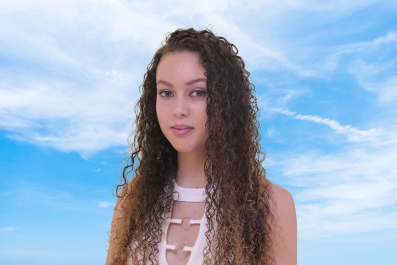 N°5: Séléna Gigan - 18 ans - 1m64