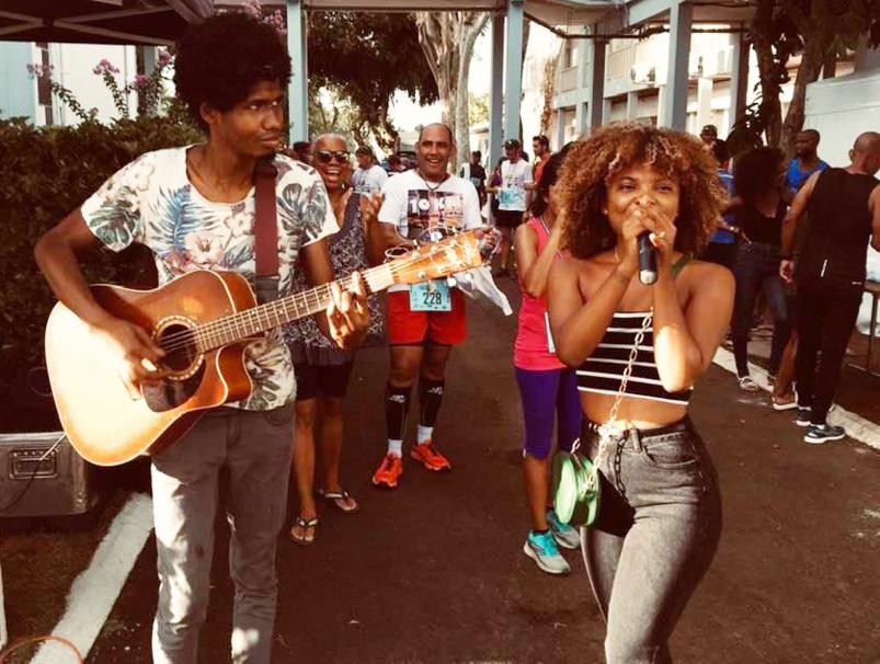 Une chanteuse malgache était dans la place