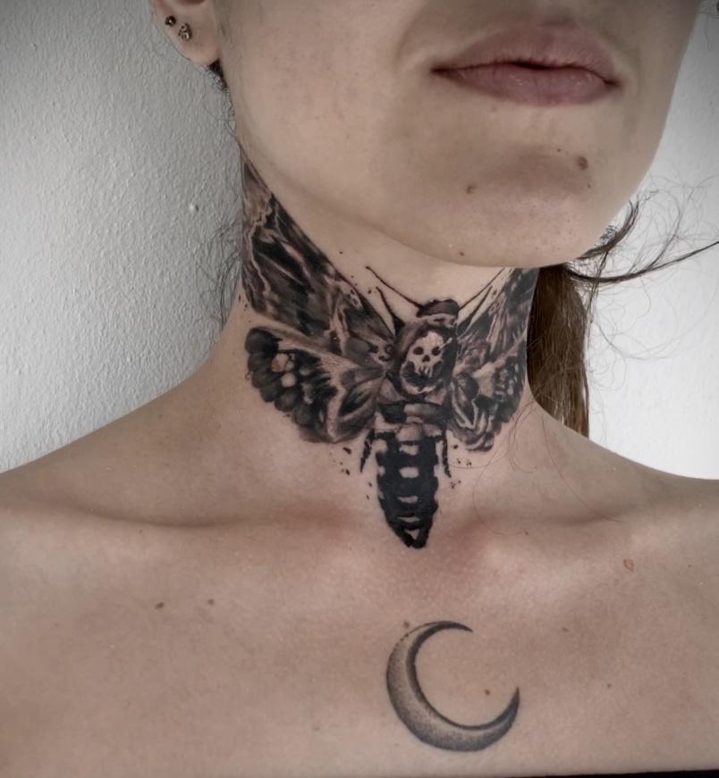 Le papillon qui se métamorphose, son tatouage le plus récent