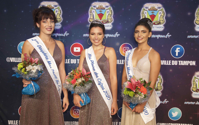 Perrine Fontaine, 1ère dauphine, Mélina Siby, Miss Plaine des Cafres 2020, et Kelly Hoarau 2ème dauphine