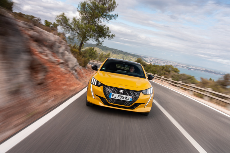 Peugeot 208, tout change: c'est la nouvelle star !
