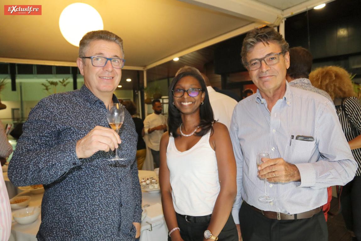 Olivier Mercier du Groupe Caillé, Gaëlle Hamilcaro, assistante comptable du SICR, et Pierre Châtelet, délégué regional AFNOR