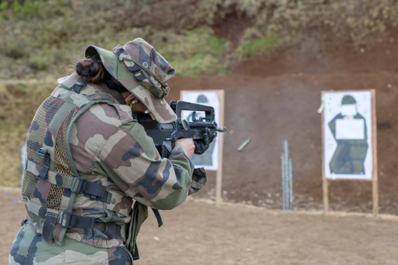 15 jours de formation à Pierrefonds et à la Plaine des Cafres (ici au stand de tir)