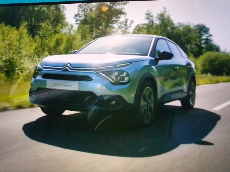 Nouvelle Citroën C4: un vrai coup de jeune !