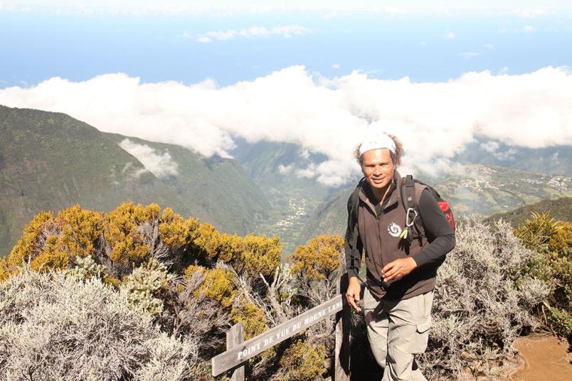 Fabrice Boyer vous raconte l'histoire de la création de l'île de La Réunion avec passion. Il est basé à l'antenne Sud du Parc
