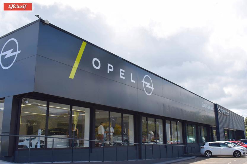 Opel et Peugeot sont situées côte à côte au Chaudron