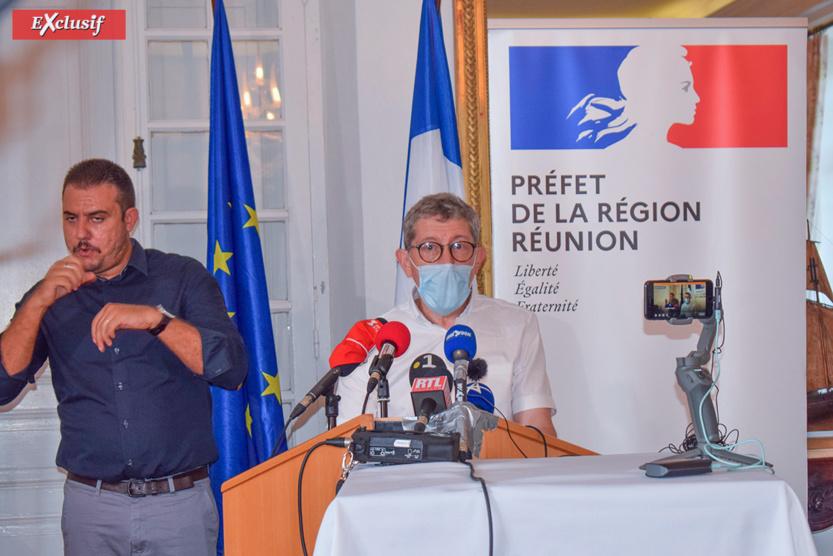 La lenteur de la vaccination est constatée en métropole et à La Réunion. Les vaccins manquent...