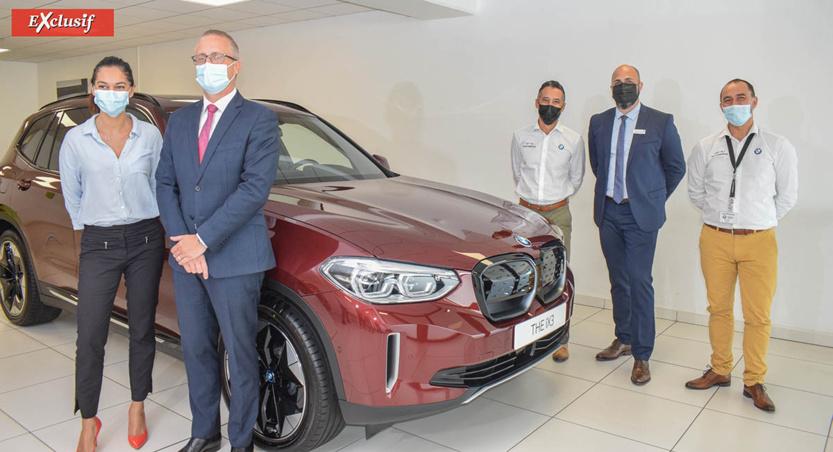 Nisha Ingar, déléguée marketing, Philippe-Alexandre Rebboah, directeur général Leal Réunion, Ridwan Barabhai, Génius BMW, Damien Vally, directeur des ventes, et Christian Beurard, Genius BMW