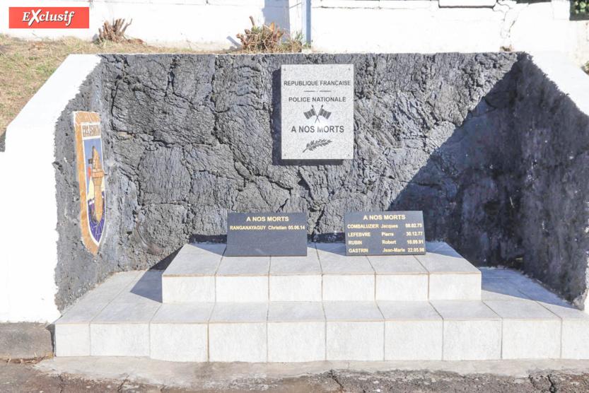 Cérémonie d'hommage aux policiers morts, victimes du devoir