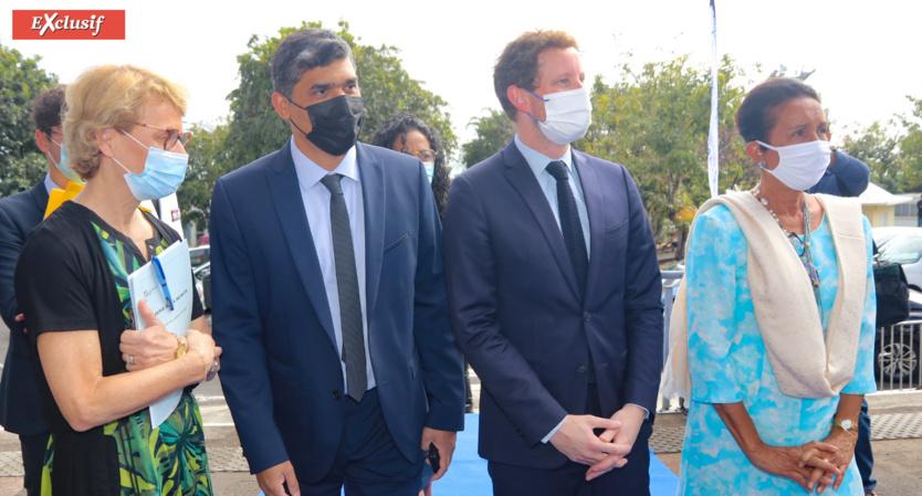 Chantal Manès-Bonnisseau, Rectrice de La Réunion Frédéric Miranville, président de l'Université, Clément Beaune, Secrétaire d'Etat aux Affaires européennes, et Huguette Bello, présidente de la Région