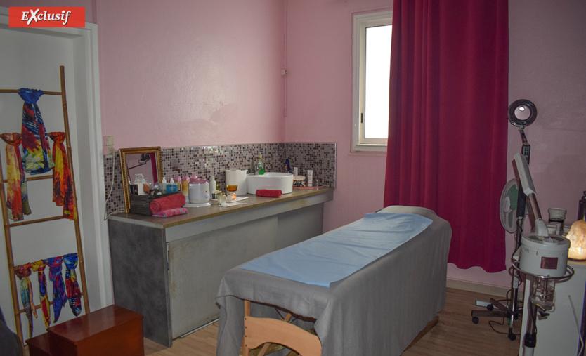 Cabine de massage bien équipé