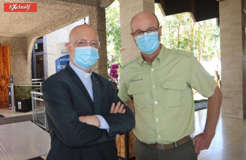 Mgr Aubry et Sylvain Léonard, directeur ONF Réunion