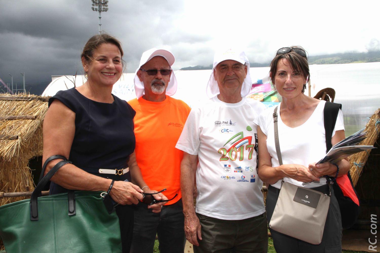 Yolaine Costes, vice-présidente de la Région Réunion, Philippe Fontaine, président de l'ACS, Gérard Goriot, chargé de mission à l'ACS et Véronique Servas, médecin conseiller sport santé à la Direction de la Jeunesse et  Sports et de la Cohésion Sociale, qui a pris ses fonctions tout récemment