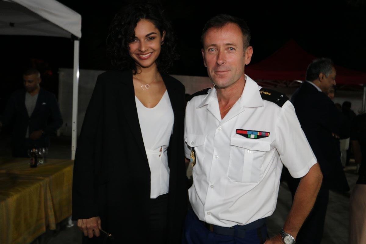 Azuima Issa et le général Xavier Ducep