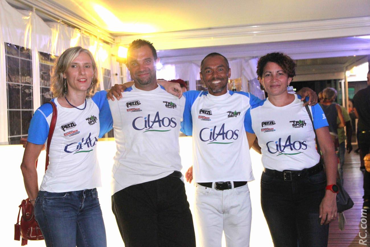 Sonia Lee-Song-Ying, Olivier Cadet, Gino Lee-Song-Yin et Sandra Cerveau du Team Cilaos. Le trail, «ça y refait…»