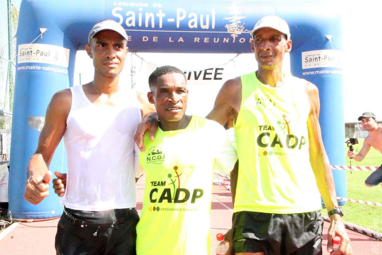Mohamed Safoui, vainqueur des 28km, et ses dauphins: Jacky Leveneur et Léopold Cuvelier