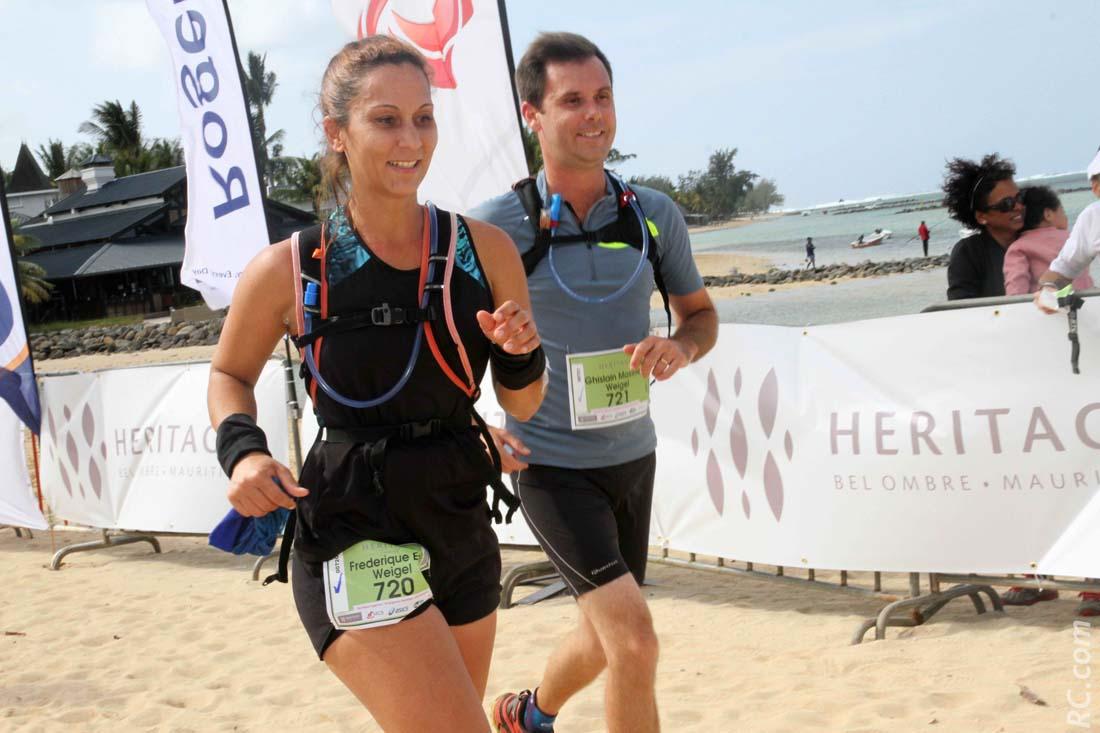 Frédérique et Ghislain : quand Monsieur et Madame font course commune. Frédérique sera médaillée de bronze dans sa catégorie sur 21km en 1h 18' 45''