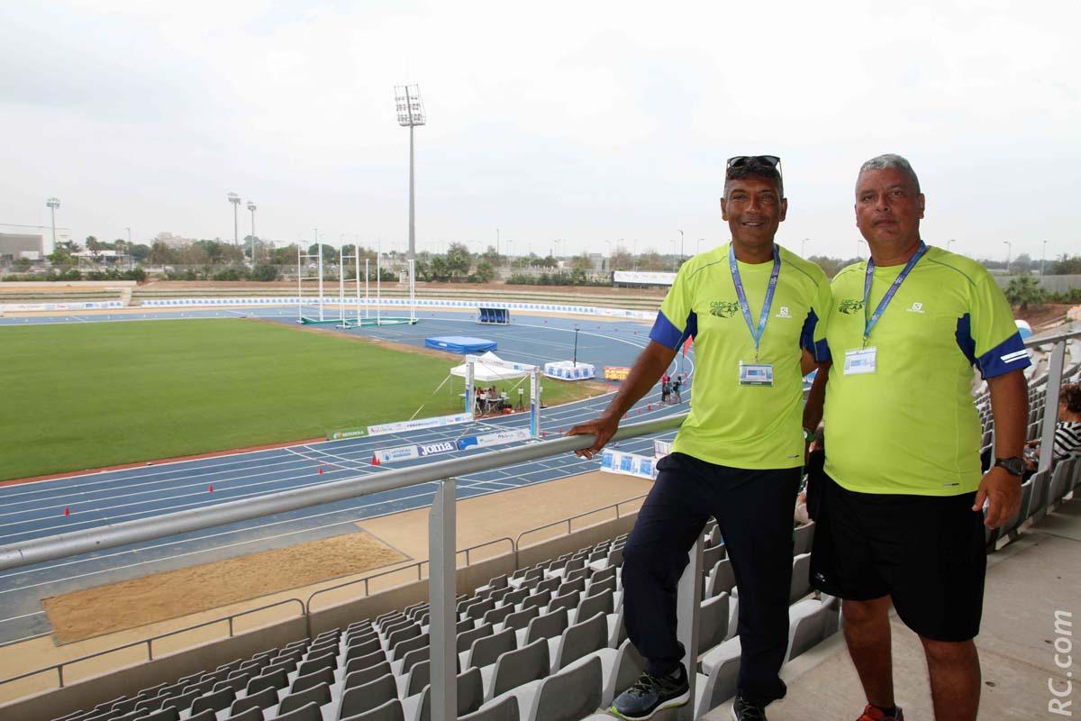 Jean-Pierre Mardémoutou et Frédéric Payet dans le stade de Malaga