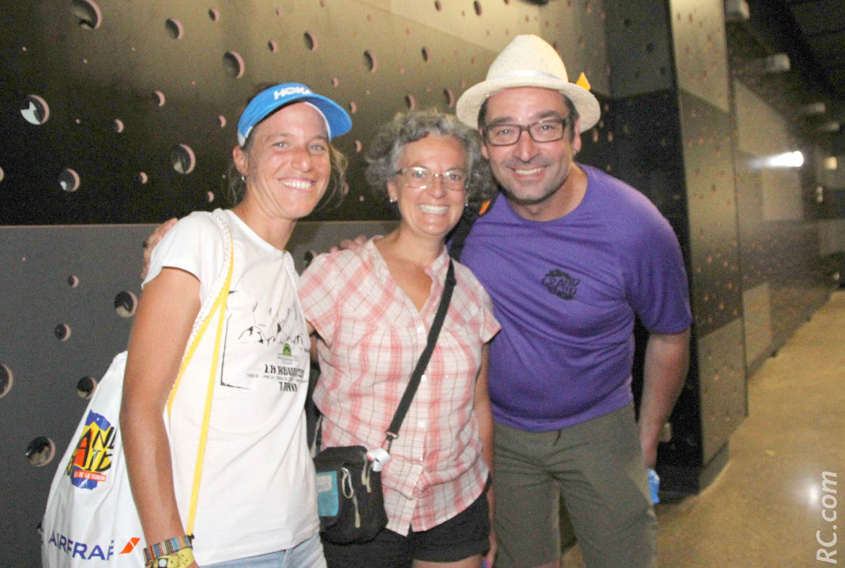 Audrey, Mme Antoine Guillon et Ludovic Collet, l'animateur officiel du Grand Raid