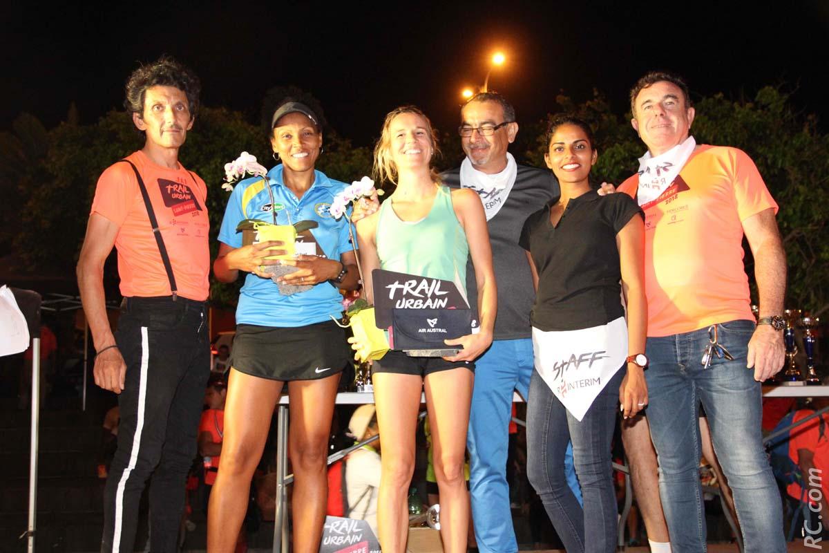 Le podium des féminines sur 16km, avec Anne-Cécile Delchini sur la plus haute marche