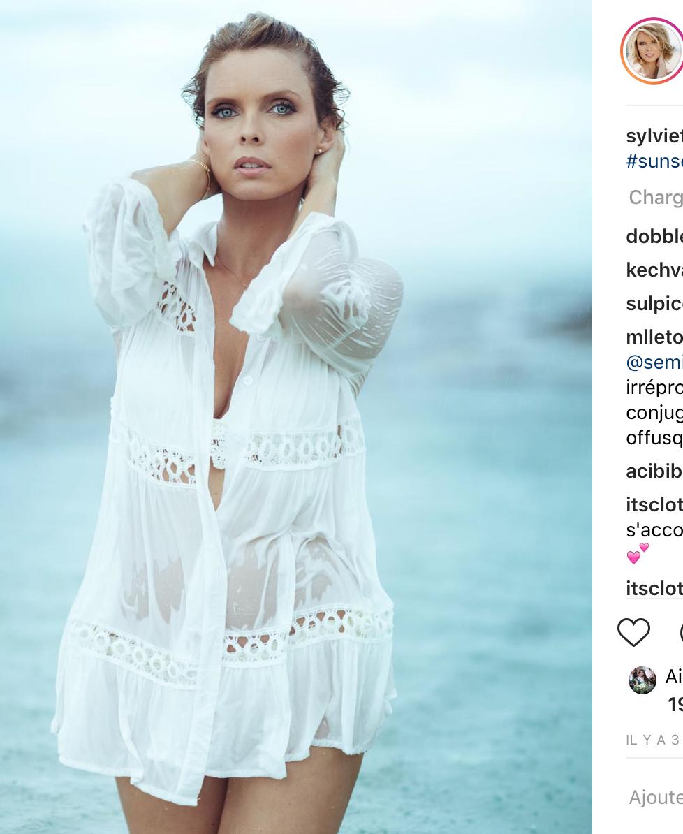 Sylvie Tellier n'a pas manqué de prendre la pose...