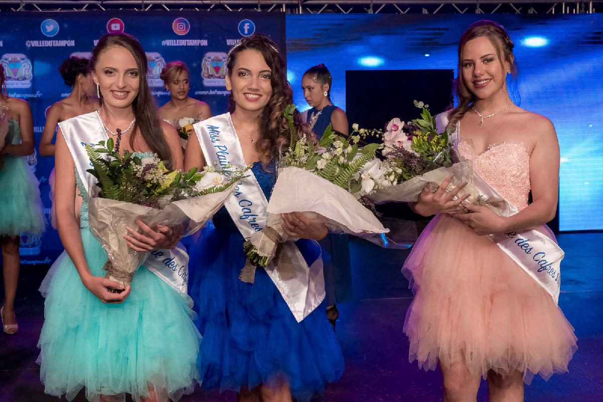 Louna Rivière, 2ème dauphine, Anne-Laure Poret, Miss Plaine des Cafres 2019, et Ambre Picard, 1ère dauphine