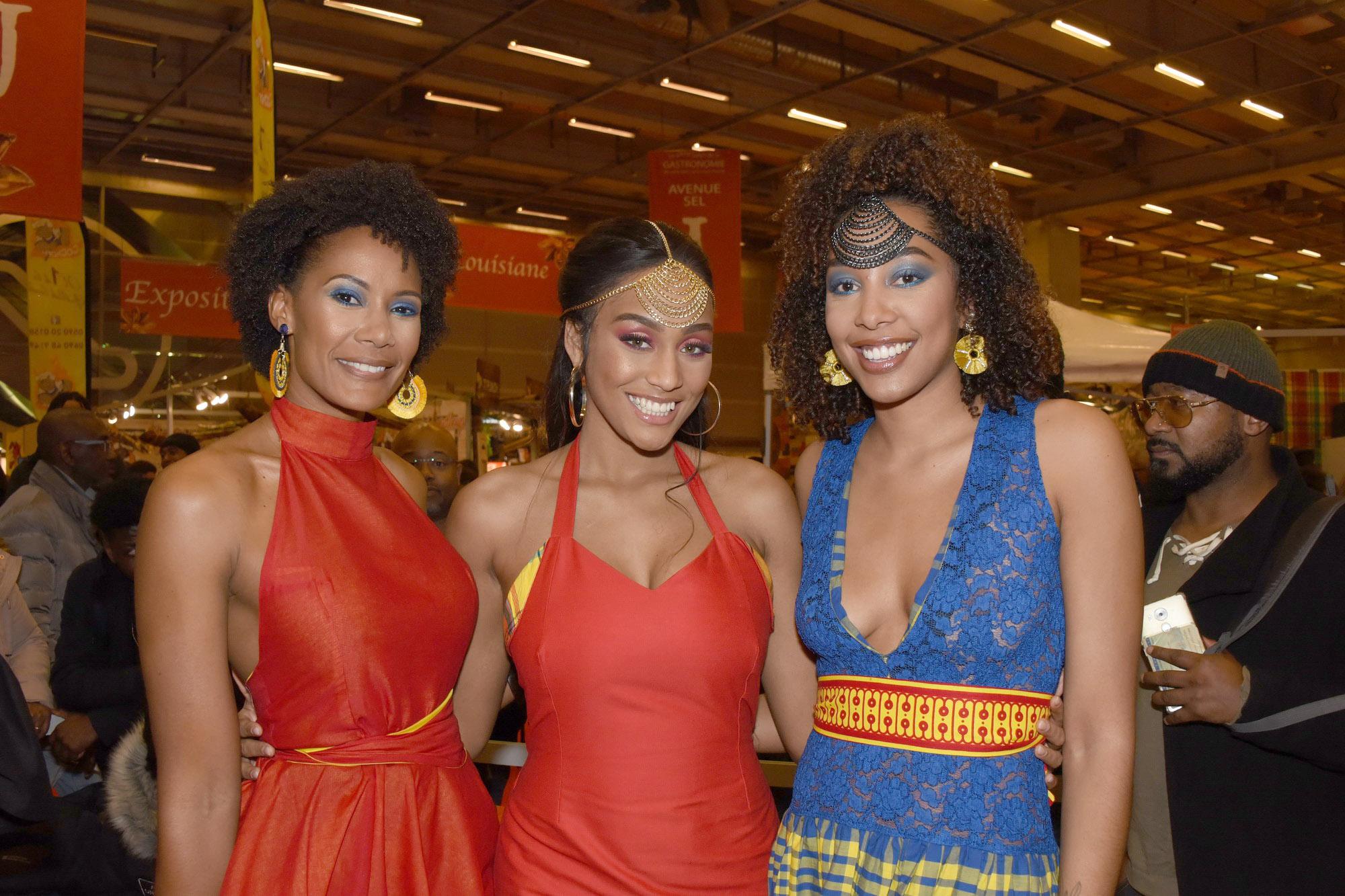 Défilé Glam Ethnik (Ayden). Corinne Coman (Miss France 2003), Morgane Thérésine, et Chloé Mozar (Miss Guadeloupe 2014.