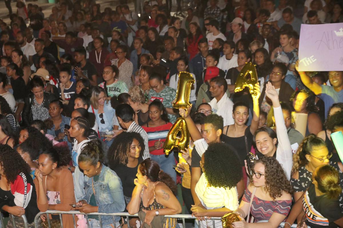 Un public nombreux et très enthousiaste, venu encourager leurs favorites