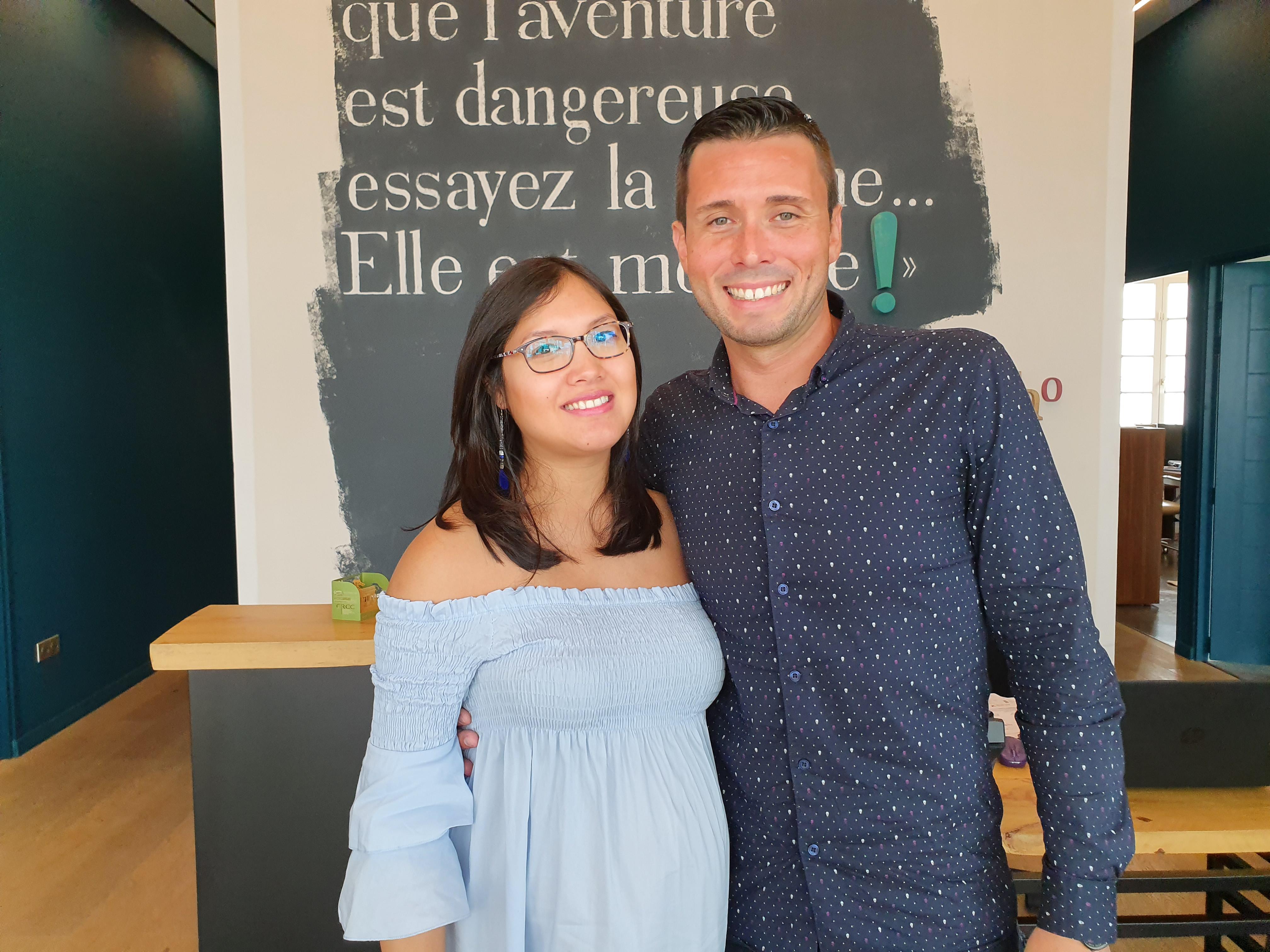 Julien peut compter sur le soutien de son épouse Myriam, qui ne pourra pas le suivre sur le bateau, elle attend un heureux événement