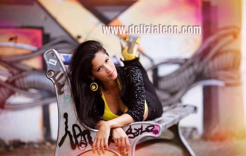 Délizia Léon: chanteuse, danseuse, modèle,… d'origine réunionnaise!