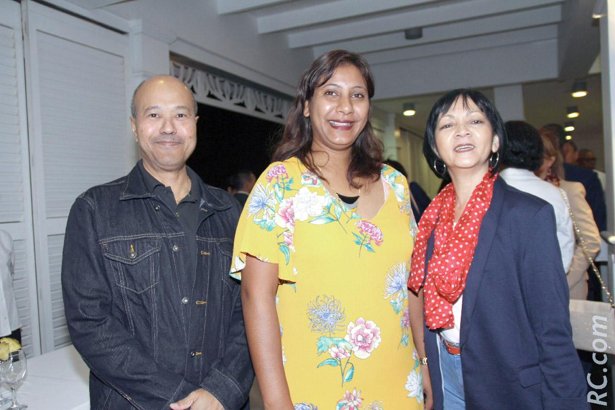 Michel Lafong, médecin au Tampon Caroline Rémy de l'Office de Tourisme de Rodrigues, et Nathalie Lafong, enseignante