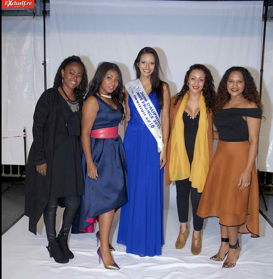 Miss Réunion avec les artistes de la soirée