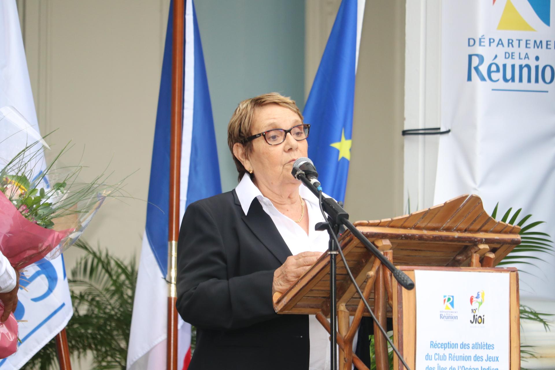 Monique Cathala, présidente du Comité Régional Olympique Sportif